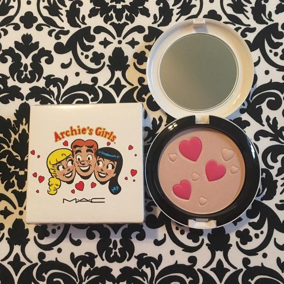 MAC Archie's Girls LE Face Powder Veronica's Blush